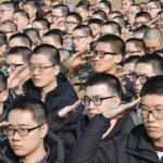 【韓国の反応】韓国の男たちがみんな黒ブチ眼鏡をかけてる理由がわかったぞーーー【メガリアン翻訳】