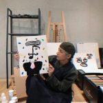 【防弾少年団V】ファンカフェに投稿した画像に電子タバコが写り込む?→韓国の反応「タバコ吸ってたとして問題なくね?」