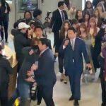 【IZ*ONE】メンバーの空港移動をサポートする警備員が過剰防衛では?と話題に→韓国の反応「ストーカー VS ヤクザ」