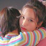 【TWICEミナ】Feel SpecialのMVでチェヨンと微笑み合う姿が話題に→韓国の反応「ミナが笑うだけで良いTT」