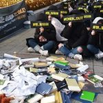 EXOチェン脱退要求デモに賛否両論→韓国の反応「寒いのにたくさん来たね」「芸能人に没入しすぎ」