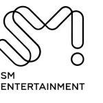 「K-popアイドルのサイン入りCDは本人がサインしているのか?」の疑問に元SMエンタ勤務者が答える