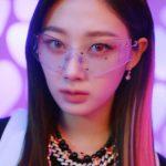 SMアイドルたちが揃って奇妙なゴーグルをつけていると話題に→韓国の反応「スタイリストが大量購入した?」
